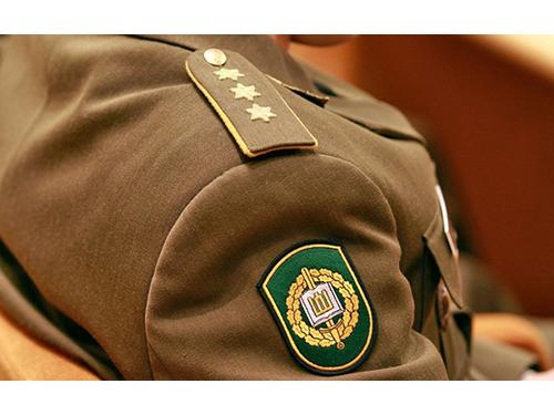 Aukštųjų mokyklų studentams bus suteiktas atsargos leitenanto laipsnis - DELFI