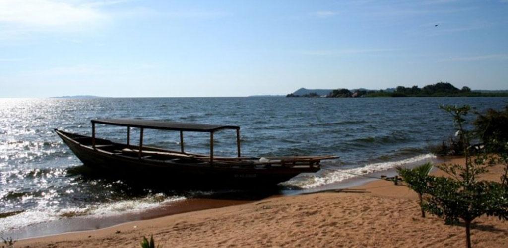 Viktorijos ežere apvirtus keltui nuskendo arti pusšimčio žmonių