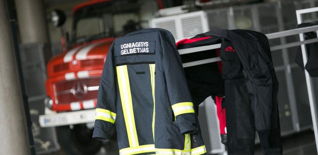 E. Misiūnas visiems pradedantiesiems ugniagesiams žada papildomas uniformas