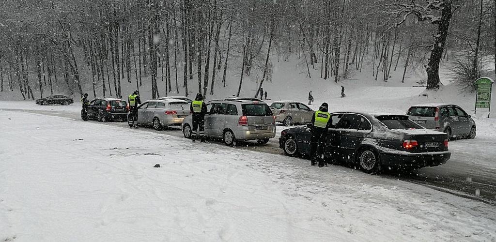 Kauno pareigūnai savaitgalį patikrino daugiau nei 3300 vairuotojų