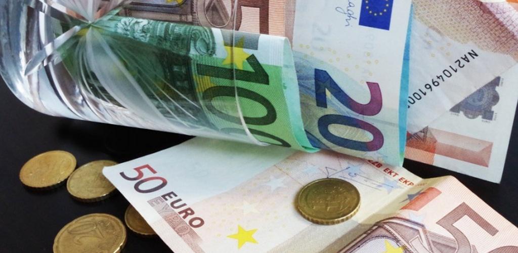 Pirmosios 200 eurų vienkartinės išmokos pensininkams ir neįgaliesiems – ketvirtadienį