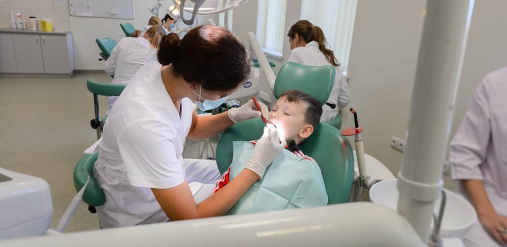 Išskyrė 5 svarbiausius dalykus, kad vaikų dantys būtų sveiki