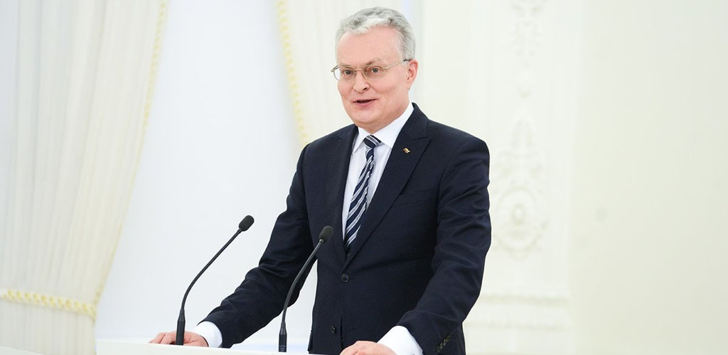Prezidentas ragina užsienyje likusius lietuvius registruotis ir grįžti namo