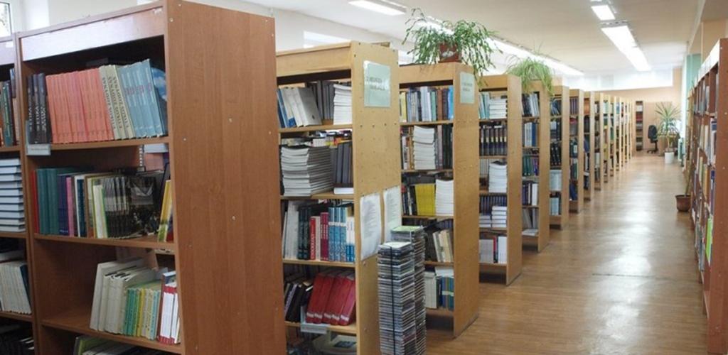 Švelnėjant karantino sąlygoms lankytojams plačiau atvertos bibliotekos