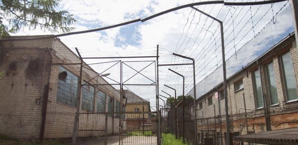 Dalis Vilniaus pataisos namų patalpų pertvarkoma į tardymo izoliatorių