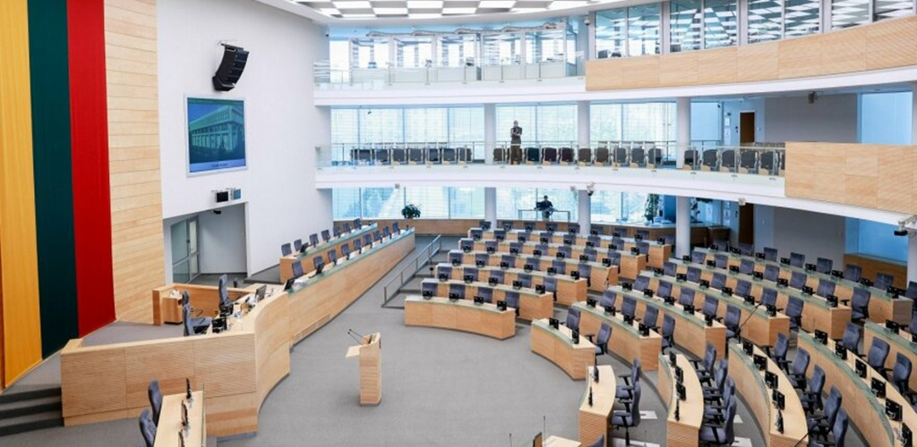 Penkiose savivaldybėse prasideda balsavimas iš anksto renkant tris Seimo narius