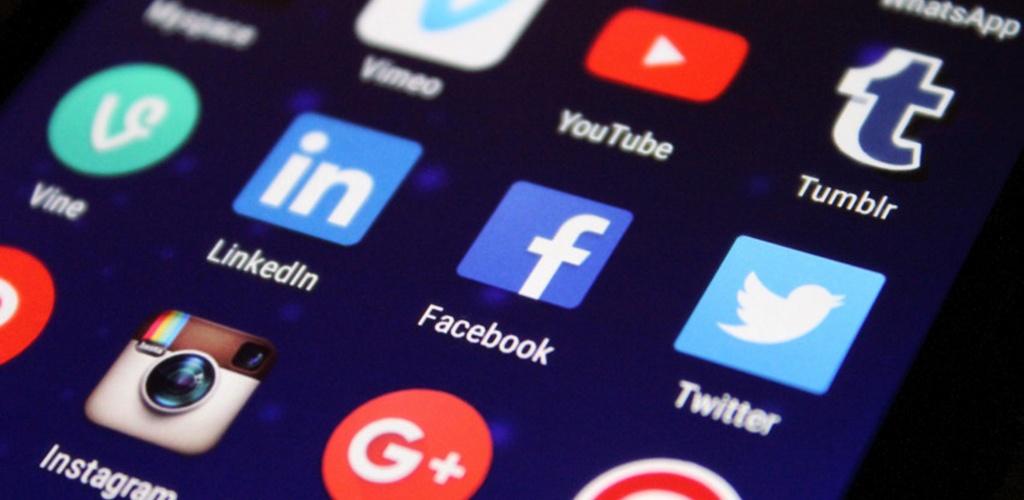 SAM įspėja: auga dezinformacijos kiekis, nukreiptas prieš kaukių dėvėjimą