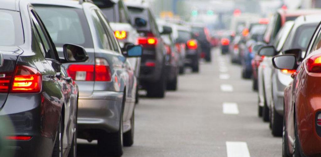 Seimas taršių automobilių mokestį atidavė tobulinti