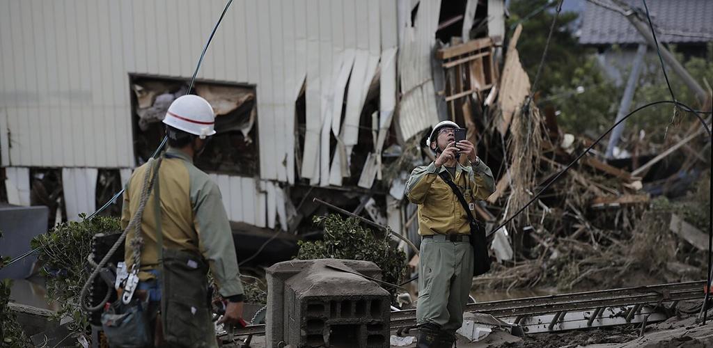 Japonija dėl taifūno planuoja atidėti imperatoriškąjį paradą