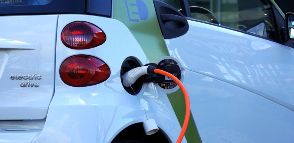 3,5 mln. eurų parama verslui naujiems elektromobiliams įsigyti